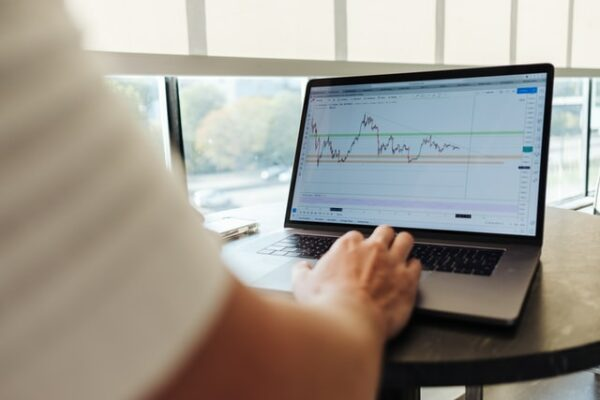 Online Stock Trading - Guide to Choosing the Best Platform