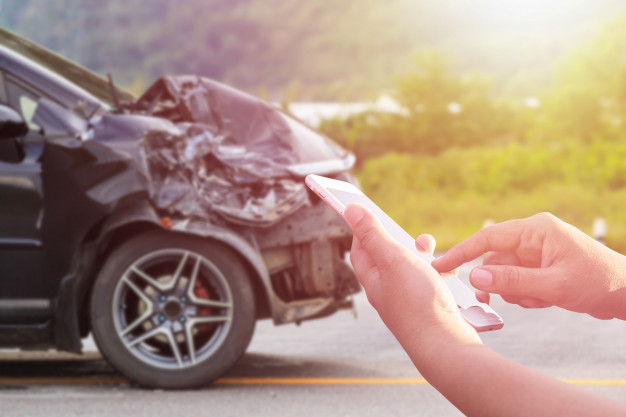 importance of car insurance - damaged car claims