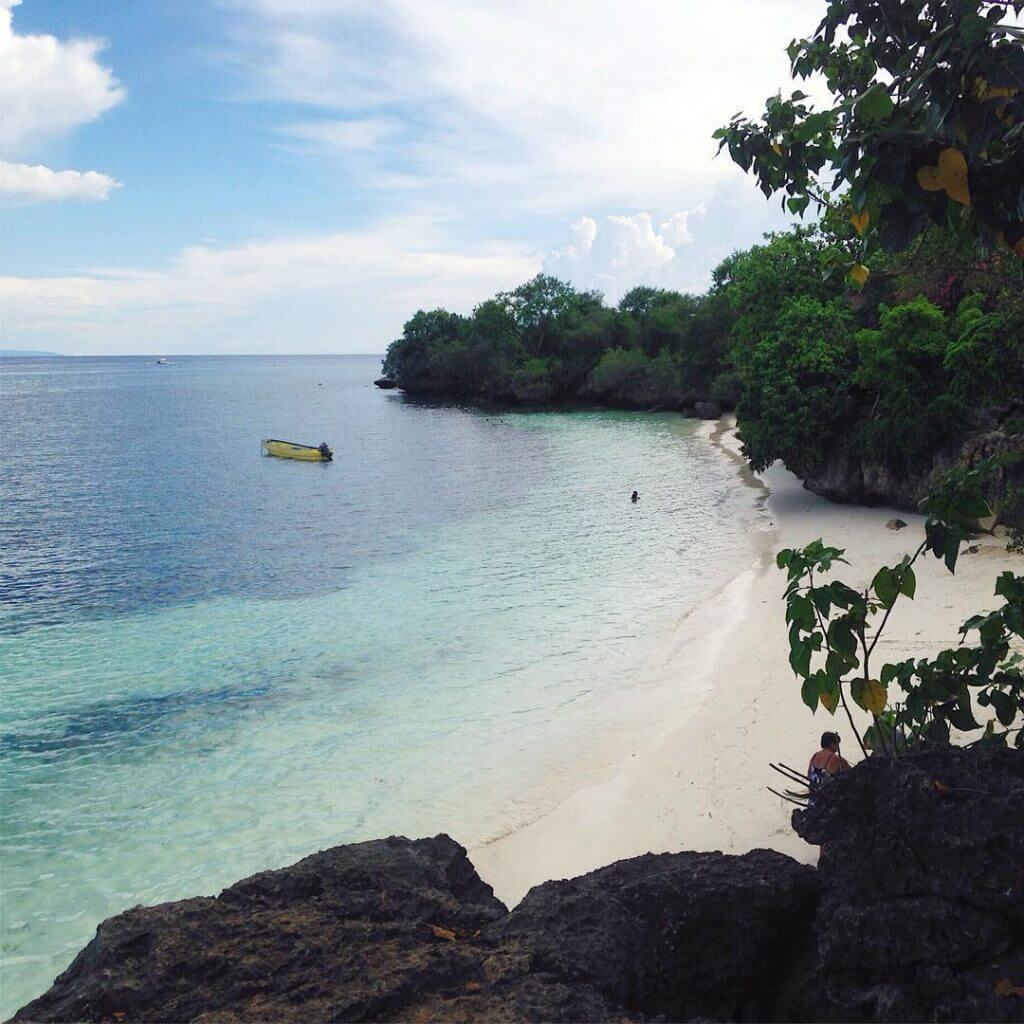 Pinoy Travel Quotes for Every Filipino Experiencing Hugot