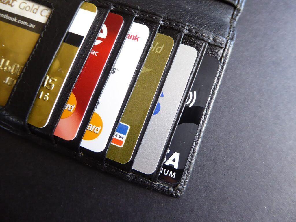 credit-card-1104960_1920
