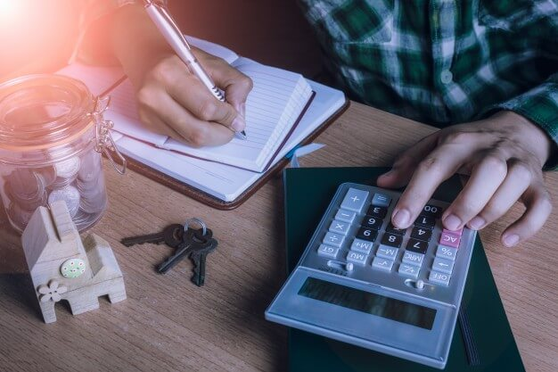 Financial Factors to Consider Before You Resign | MoneyMax.ph