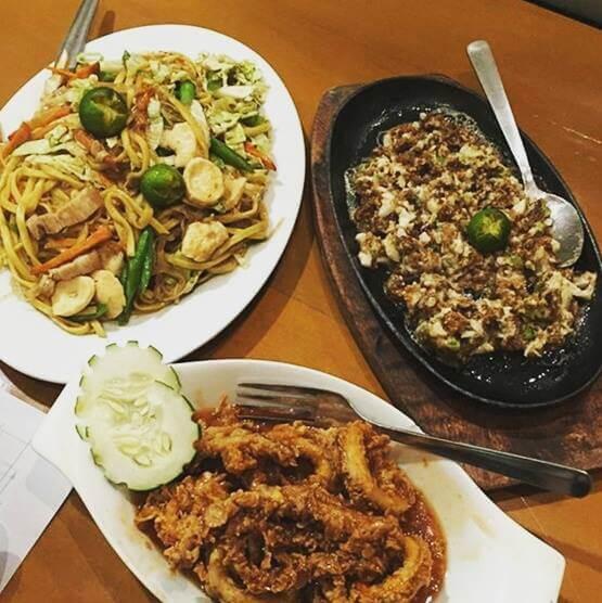 Best Restaurants Holiday - Giligan's
