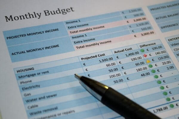 Money Tips for Breadwinner - Track Your Money