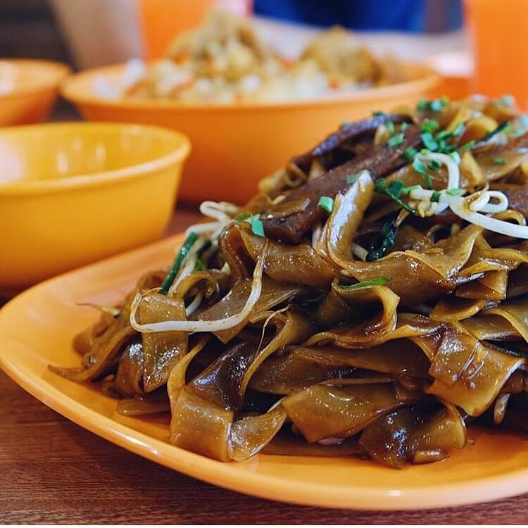 Where to Eat in Makati for Every Budget - 101 Hawker House