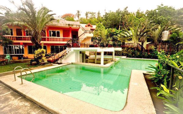 Batangas Beach Resort - Talisay Green Lake Resort