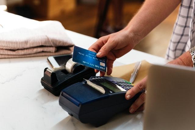Cashback vs Rewards Credit Cards