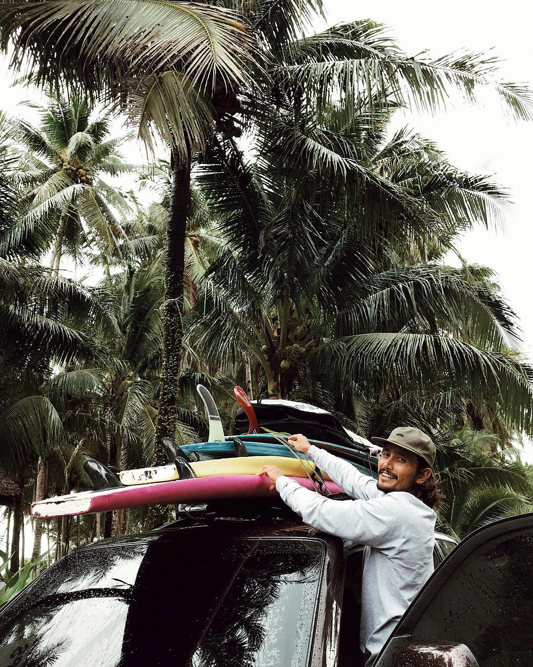 luke landrigan traveling with surf boards