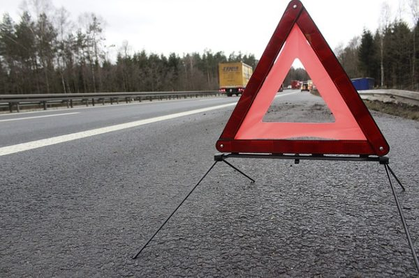 What to Do After Car Accident - Check if It's Safe Outside