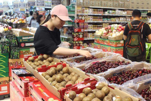 SM Hypermarket vs Puregold: Battle of the Brands - Product Selections